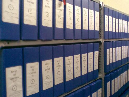 Sắp xếp hồ sơ ngăn nắp